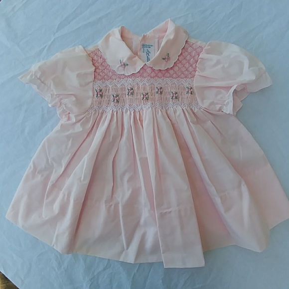 62b53a7554 a little angel Dresses | True Vintage Hand Embroidery 18month Dress ...